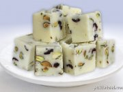 White chocolate with pistachio and dried fruits